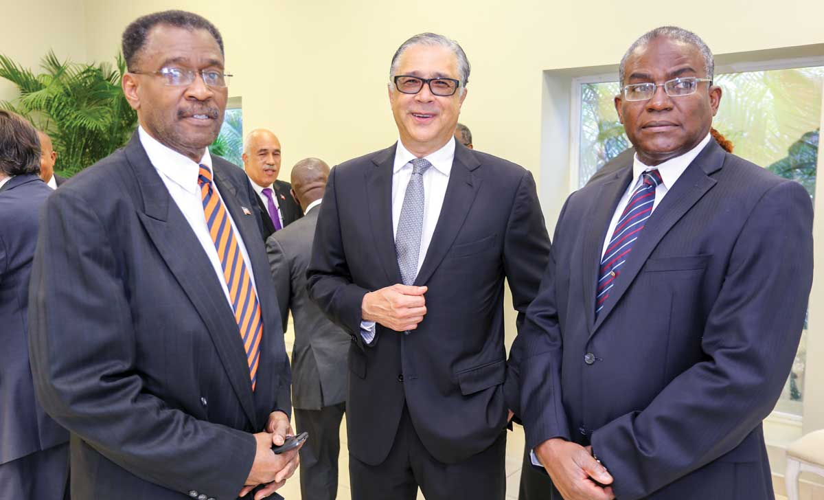 Au palais national challenges for Chambre de commerce franco haitienne