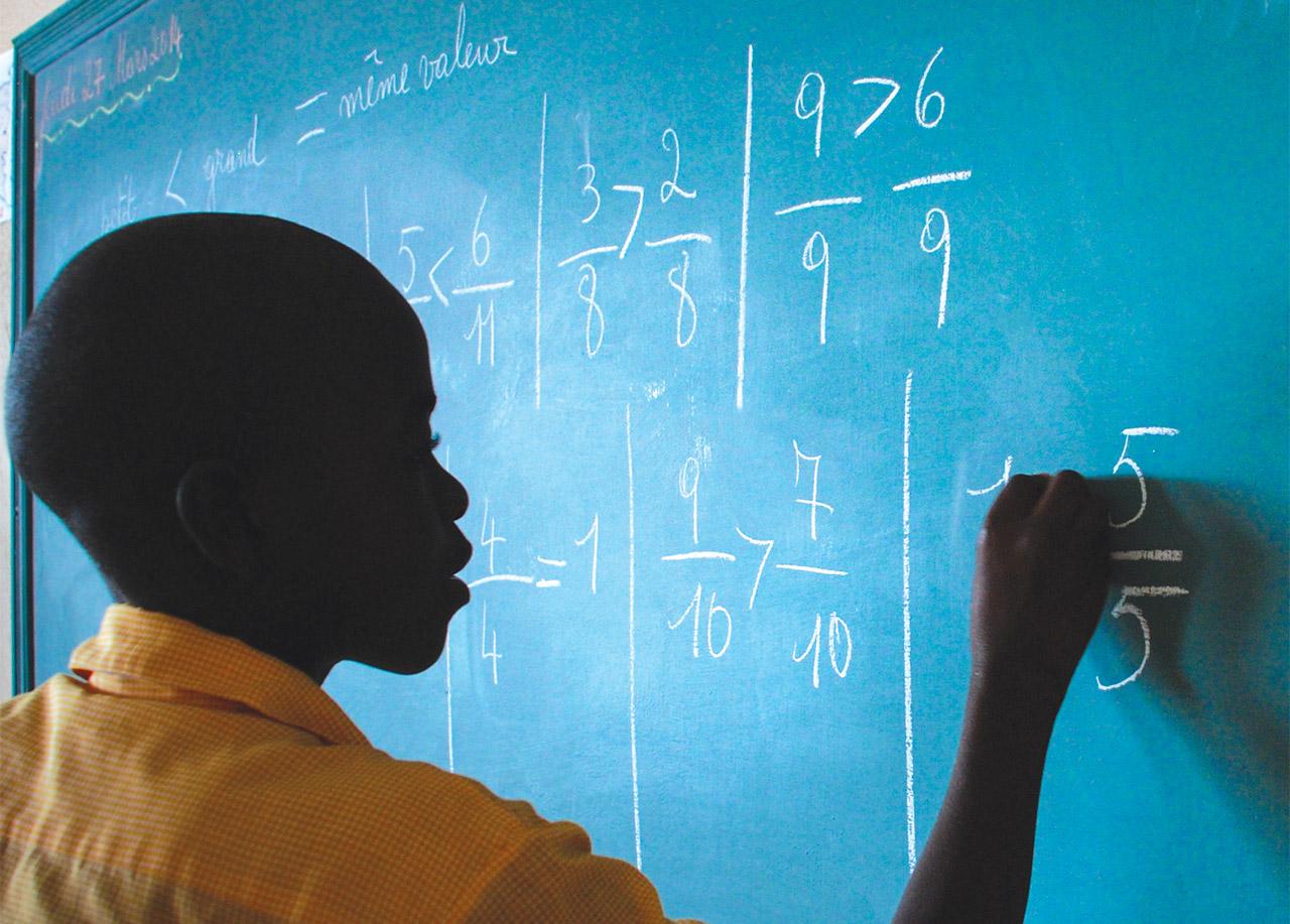 Travaux pratiques de math au tableau.