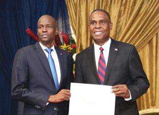 Jean-Henry Céant recevait officiellement sa lettre de nomination du président Jovenel Moïse. Photographies par Timothe Jackson/ Challenges