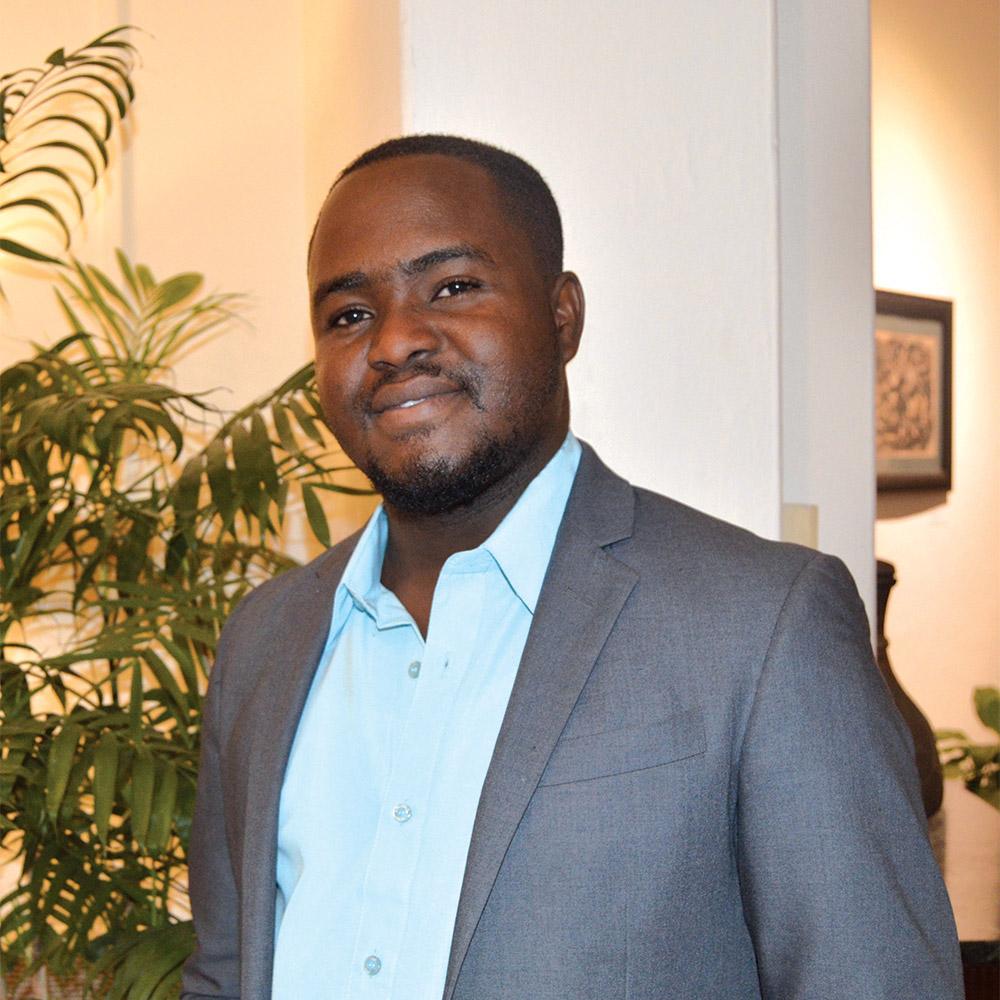 Marc Evens Lebrun, rédacteur à Challenges magazine.