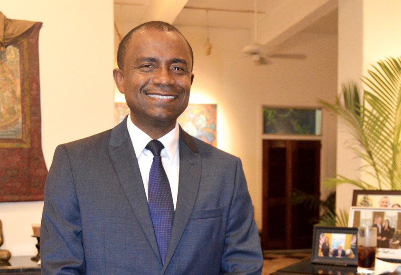 Rotchild François Junior, ex-ministre de la Communication, directeur de la Radio RFM.