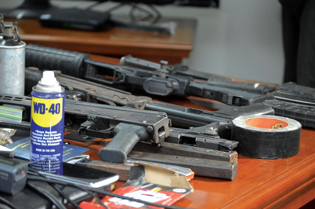 Des armes saisies dans le cadre des opérations de la PNH.