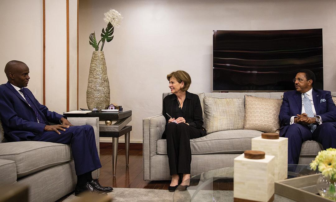 Le Président Jovenel Moïse, la Chef de la MINUJUSTH Helen Meagher La Lime, Le représentant spécial adjoint du Secrétaire général des Nations Unies en Haïti Dr. Mamadou Diallo.